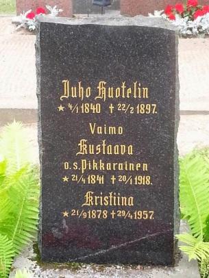 Juho Huotelin hautakivi.Kuva_Kimmo_Härkönen