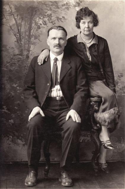 Juho Heikki Hakkarainen ja Mari Niskanen Amerikassa.